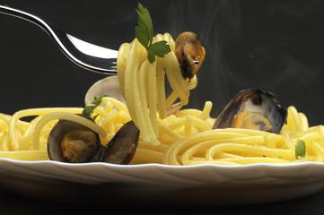 Spaghetti ai frutti di mare Cucina italiana Italian cuisine