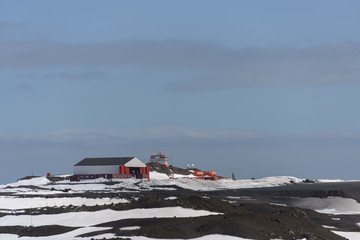 Deurstickers Antarctica Chilean Antarctic research station on King George island