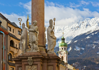 Fototapete - Our Lady statue at old town in Innsbruck Austria
