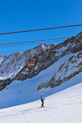Fototapete - Mountains ski resort - Innsbruck Austria