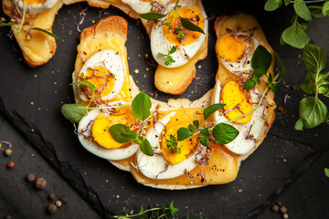 Butter croissant sandwiches