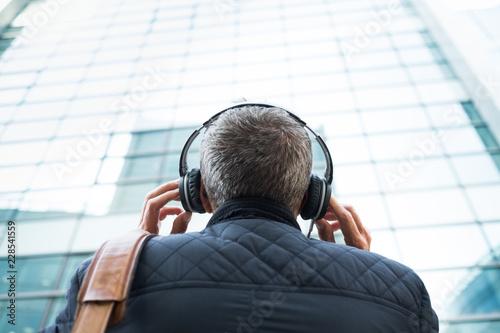 Streaming écouter Musique Casque Audio Chanson Radio Plaisir