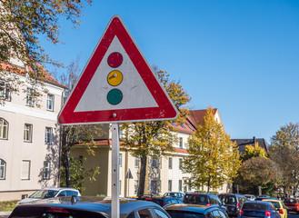 Warnschild Lichtzeichenanlage,