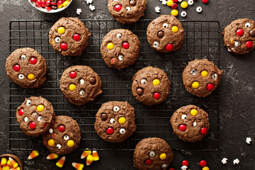 Chocolate cookies with candy Fototapete