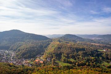 Blick auf Bindersbach von Burg Trifels