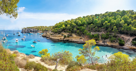 Tuinposter Europese Plekken panoramic view at the coastline of mallorca