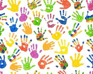 Seamless pattern/ Randloses Muster bunte Kinderhände, Handabdrücke, malen, spielen, Geschenkpapier, Tapete
