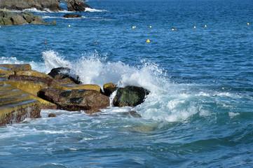 Waves and rocks in Zoagli