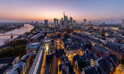 Frankfurt-Skyline-Domblick