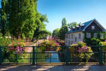 Fototapete - Cityscape of Strasbourg