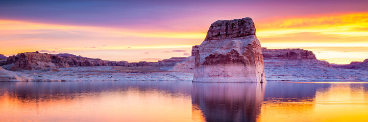 Acrylic Prints Orange Lake Powell in Arizona