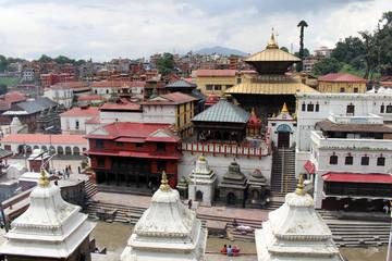 Photo sur Aluminium Népal The cremation ritual at one ghat around Pashupatinath Temple of Kathmandu