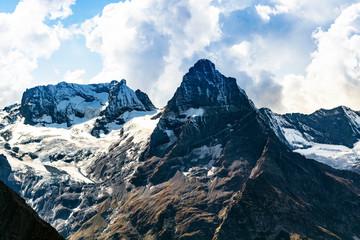 view of mountain peaks from Moussa-Achitara mount