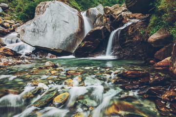 Fototapete - Bhagsu waterfall. Bhagsu, Himachal Pradesh, India