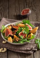 Vegetarian  mizuna salad