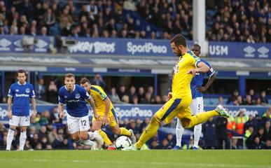 Premier League - Everton v Crystal Palace