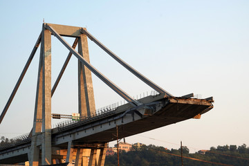 Foto auf AluDibond Bridges morandi collapsed bridge in genoa