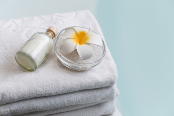 Tuinposter Spa Spa set with flower