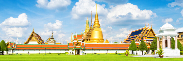 Panorama view of Grand palace and Wat phra keaw or Emerald Buddha in Bangkok,Thailand.