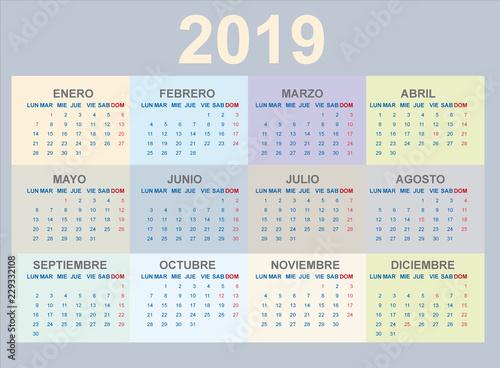 Calendario Vector.Calendario 2019 En Espanol Colores Pastel Stock Image And Royalty