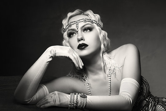 woman retro flapper style