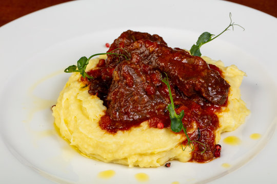 Beef with mashed potato