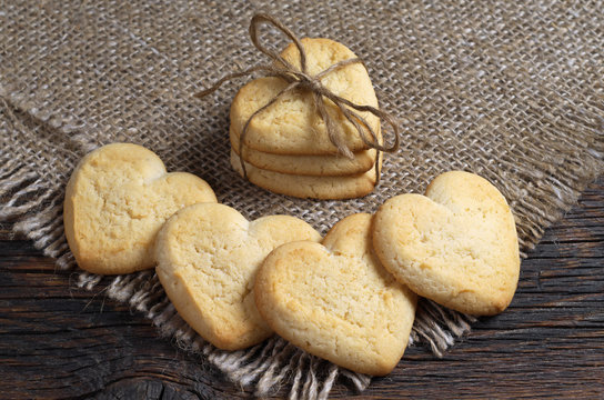 Heart-shaped shortbread cookies tied with a rope