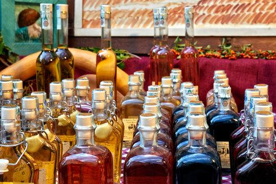 liquori elisir ed estratti in vendita all'aperto