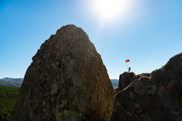 flag and success in peak mountains
