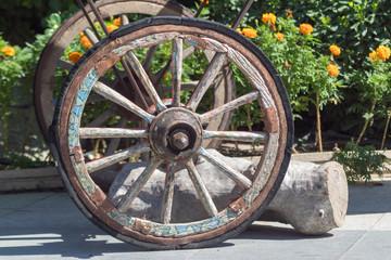 altes Wagenrad