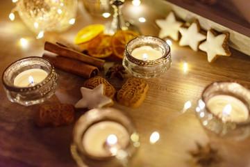 romantische Tischdekoration zu Weihnachten