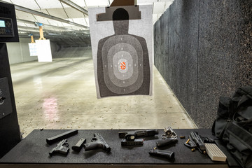 Indoor gun shooting range