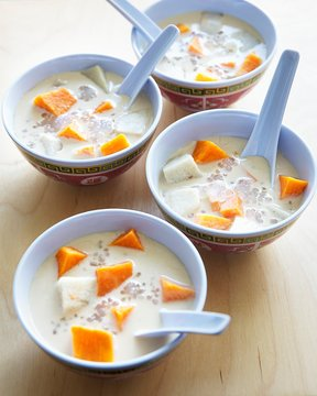 Bubur Cha Cha (sweet coconut soup, Malaysia)