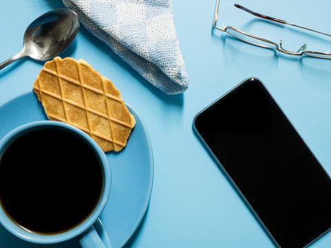 Coffee Break with a Smart Phone