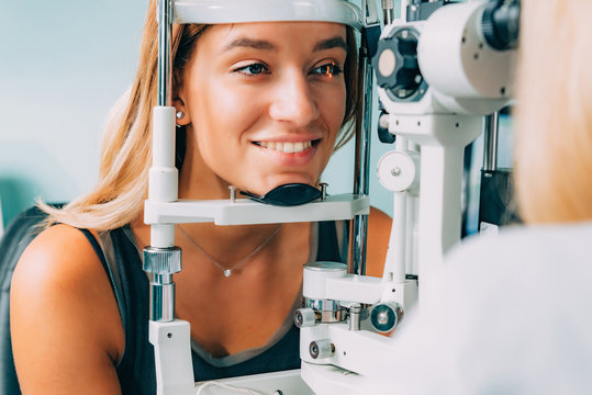 Ophthalmology. Applanation tonometry and eye pressure test