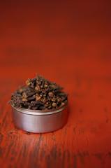 Cloves in a tin