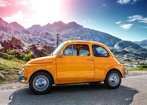 Fiat 500 Oldtimer Reise Alpen St. Gotthard