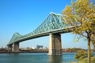 In de dag Brug Jacques Cartier bridge in Montreal in Canada