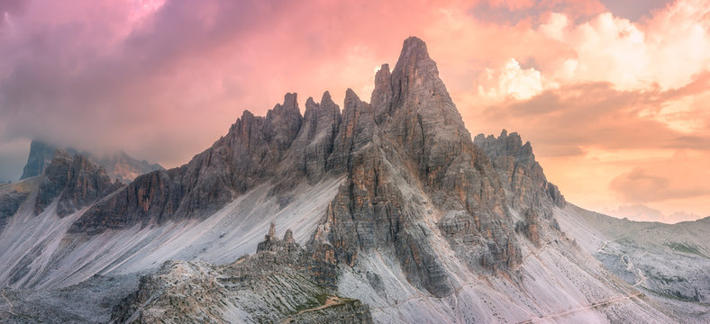 Mountain ridge view of Tre Cime di Lavaredo, South Tirol, Dolomites Italien Alps