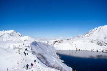 立山みくりが池・剱岳雪景色