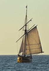 vieux gréement en pleine mer