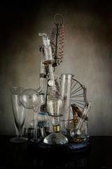 steampunk alambicco provette dello scienziato