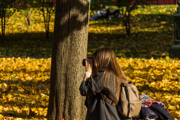 the girl photographer