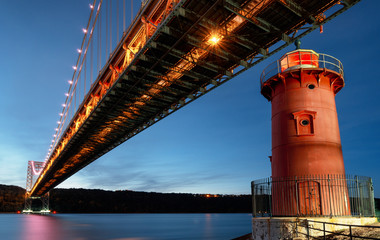 Foto op Aluminium New York City George Washington Bridge and Red Little Lighthouse officially Jeffrey's Hook Light, New York, USA