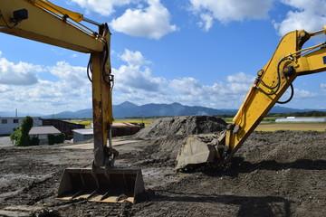 工事現場の建設機械