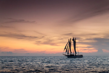 Beautiful Sunset Sail Cruise in Tropical Key West Florida
