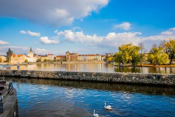Sur les berges de la Vltava à Prague