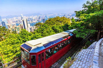 Foto op Plexiglas Hong-Kong The Peak Tram is a funicular railway in Hong Kong leading to the highest point of the island: the Victoria Peak.