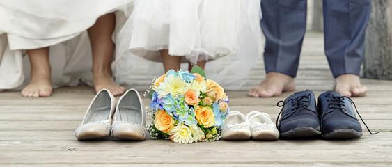 Hochzeit am See am Steg - barfuß