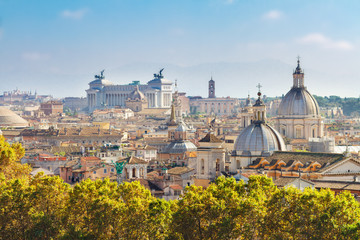 view of skyline of Rome city at day, Italy Fototapete
